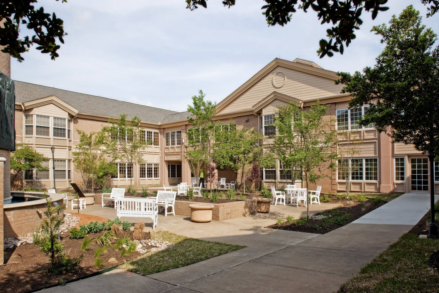 senior living construction companies in dallas texas